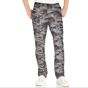 Gray camo athletic fit jeans 31w good threads NWT